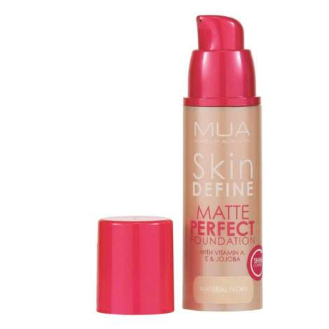 Make Up Academy Skin Define Matlaştırıcı Fondöten - Natural Ivory