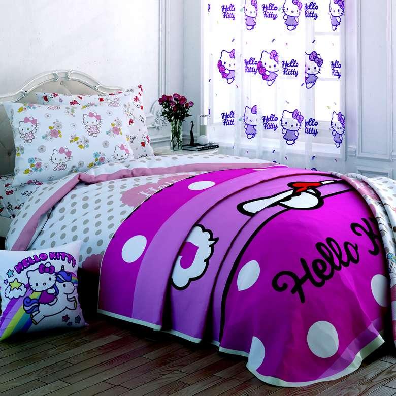 Hello Kitty Winter Yatak Örtüsü